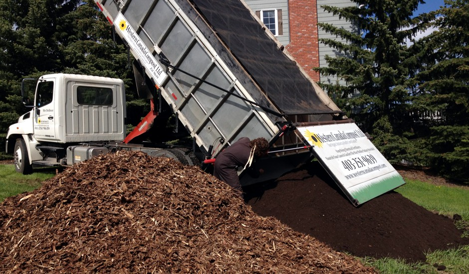 Western canada garden soil calgary ab for Gardeners supply canada